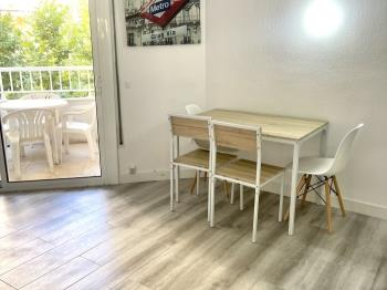 Edificio Jazmin , 3 min a pie de la playa - Apartment in salou